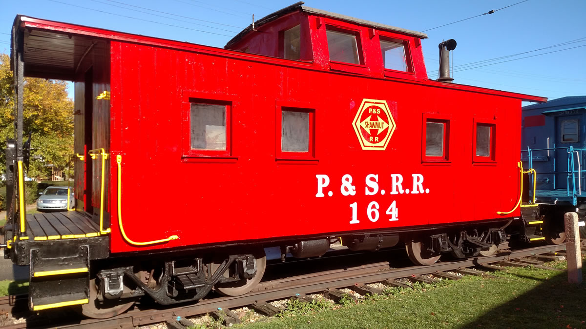 Pittsburg and Shawmut 164 caboose