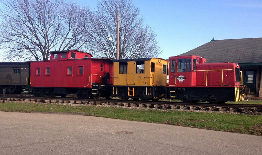 GE 23 Ton BoxCab Locomotive Arrives at Lake Shore Railway Museum
