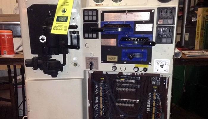 GE locomotive control console